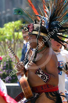 Aztec Headress Man 105